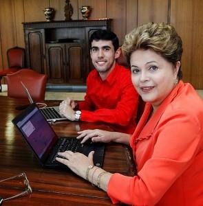 Presidente Dilma com Dilma Bolada