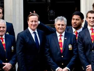 primeiro-ministro britânico jogador esporte rúgbi seleção David Cameron Manu Samoa Tuilagi chifrinho