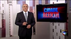 Marcelo Rezende apresentando o programa 'Cidade Alerta'