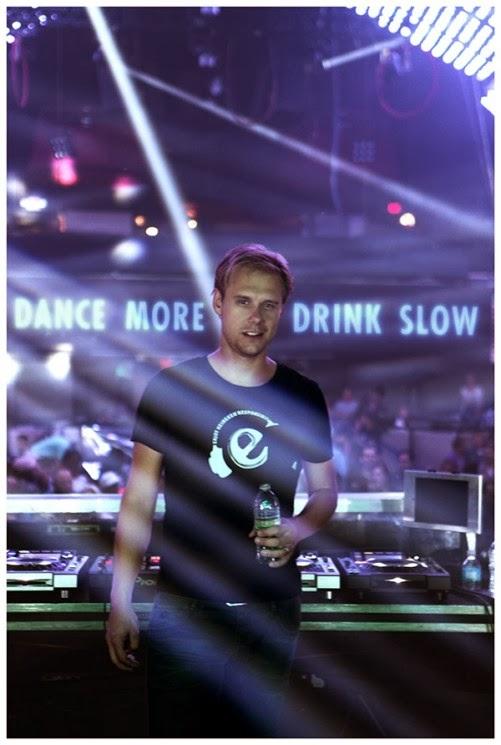 DJ holandês Armin Van Buuren em campanha da Heineken