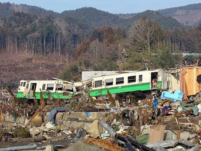 Cidade de Onagawa, na província de Miyagi, devastada pelo tsunami