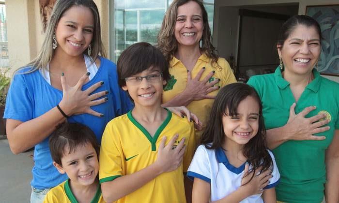 Família com 6 dedos