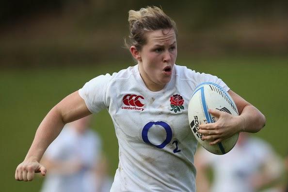 Marlie Packer jogando rugby