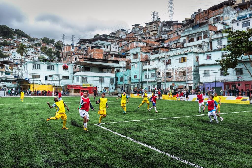 Campo de futebol  no Morro da Mineira