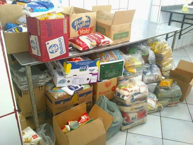 Alimentos doados em Descalvado