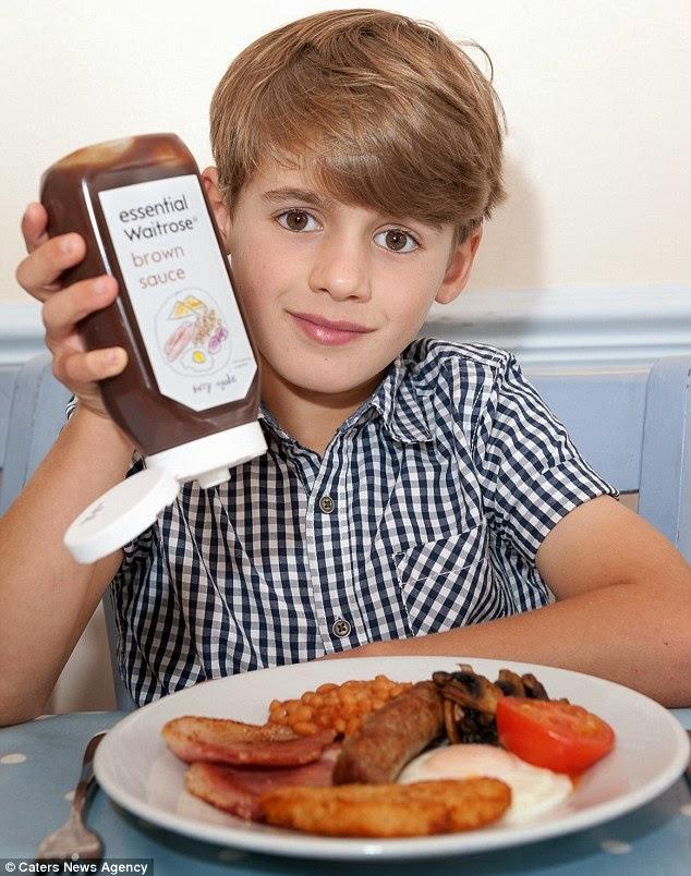 Harry Deverill coloca o molho na comida