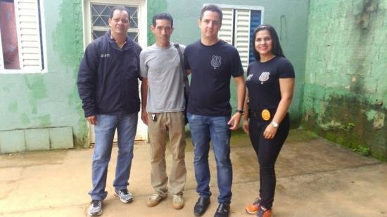 Polícia liberta e ajuda homem que furtou carne no Distrito Federal