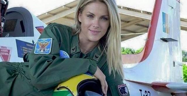 Boato diz que Ana Hickmann é piloto russa que combate Estado Islâmico