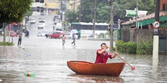 Moradores afetados por enchente em SP podem ter isenção de IPTU
