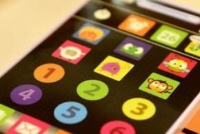 """Tablets e smartphones """"de mentira"""" para bebês e crianças de até 3 anos de idade"""