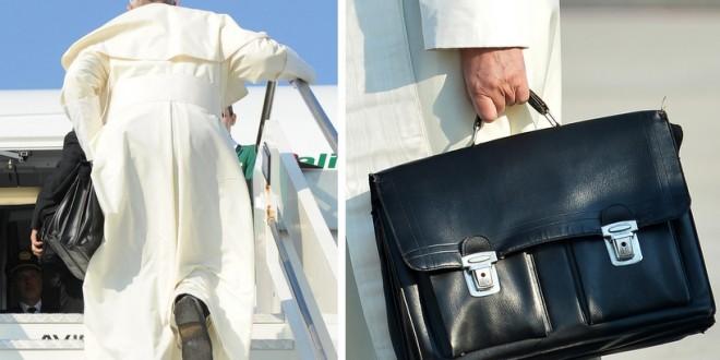 Papa revela o que guarda na maleta preta