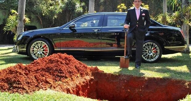 'Enterro' do carro de Chiquinho Scarpa foi para divulgar campanha de doação de órgãos