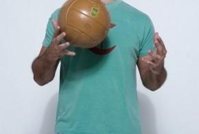 Marco Luque jogou futebol na Espanha antes de ser humorista