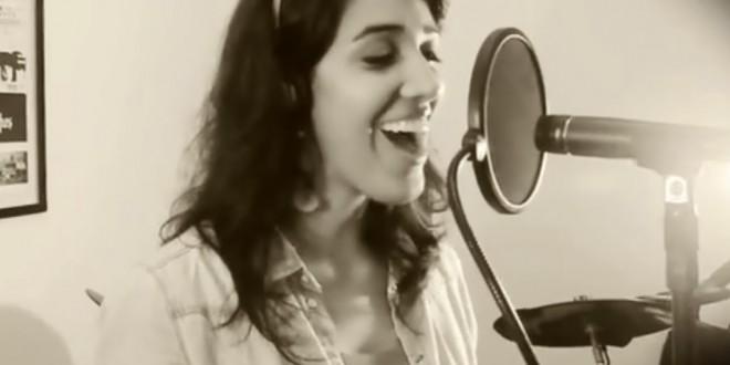 'Show das Poderosas', de Anitta, ganha versão jazz-bossa