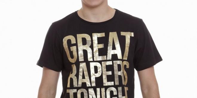 Marisa erra no inglês e vende camiseta com a palavra 'estupradores'