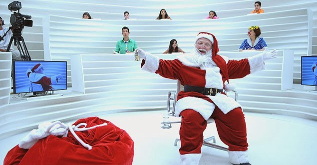 """Crianças entrevistam Papai Noel em especial do programa """"Roda Viva"""""""