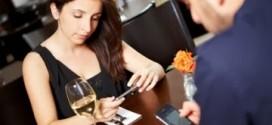Restaurante oferece 50% de desconto a quem desligar o smartphone