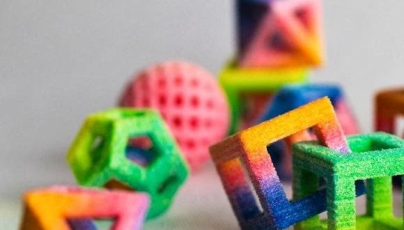 Nova impressora 3D consegue criar objetos em açúcar e chocolate