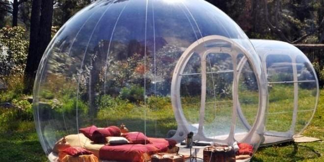 Hotel francês substitui quartos tradicionais por 'bolhas' na natureza