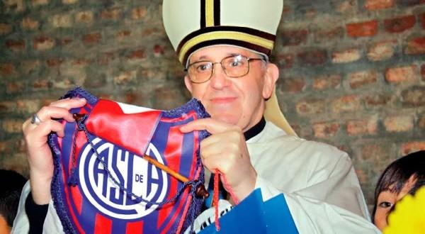Papa Francisco quer entrar em 'vaquinha' para recuperar estádio de time do coração