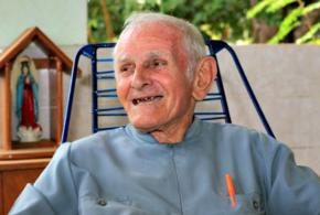 Padre de 88 anos é condenado a pagar R$ 8 mil por causar acidente de trânsito no Acre