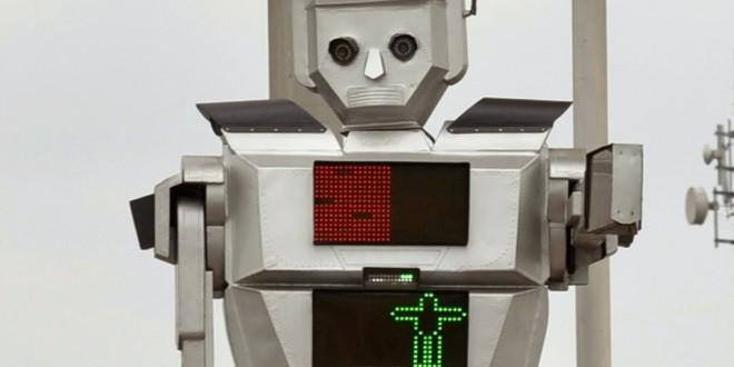 Robôs gigantes substituem guardas de trânsito na República Democrática do Congo