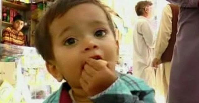Bebê é acusado de tentativa de assassinato no Paquistão