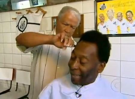 Pelé lança coleção de diamantes criados com cabelo do próprio rei do futebol
