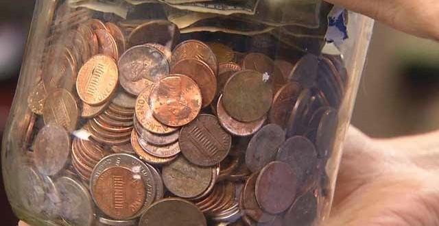 Estudante norte-americano paga universidade com moedas de um centavo