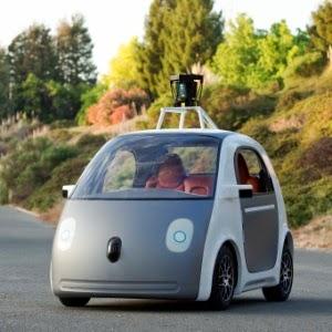 Google apresenta carro que dirige sozinho e sem volante