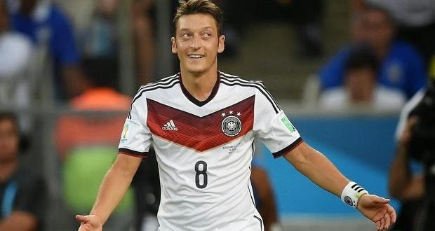 Jogador alemão doa premiação da Copa para cirurgias de 23 crianças brasileiras
