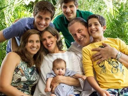 Filhos gravaram homenagem de Dia dos Pais a Eduardo Campos