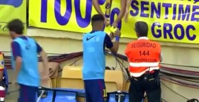 Barcelona multa Neymar em R$ 18 mil após jogador dar autógrafo a um torcedor rival