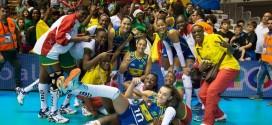 Jogo do Brasil com Camarões no vôlei feminino acaba em festa dentro de quadra