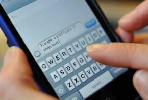 Britânica fica em choque ao 'receber SMS' de avó morta