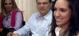 Mãe, pai e filha são eleitos para cargos públicos no Paraná