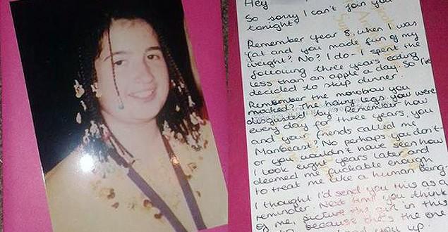 Menina que sofreu bullying na escola dá o troco em rapaz 10 anos depois