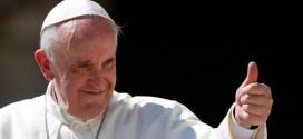 Papa Francisco recebe transexual em audiência privada no Vaticano