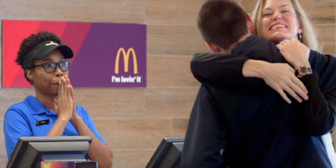 McDonald's aceita selfies e abraços como pagamento nos EUA