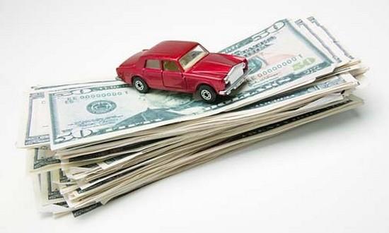 Motorista gastou R$ 13,2 mil para andar de carro em 2014