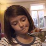 A destruição da vida de uma menina síria filmada um segundo por dia