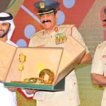 Dubai premia 'bons motoristas' com carros novos