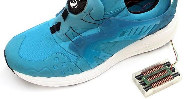 Dispositivo em sapato gera energia com força dos passos