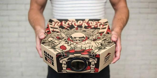 Pizza Hut de Hong Kong cria embalagem que vira projetor de cinema