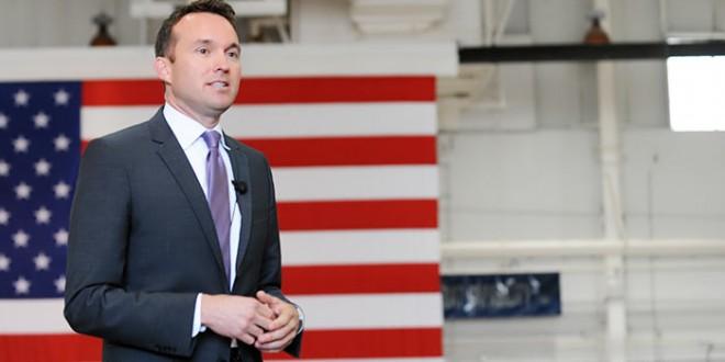 Obama nomeia primeiro gay assumido a liderar o Exército dos EUA